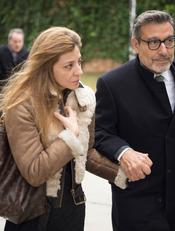 Reyes Monforte acude al entierro de Pepe Sancho