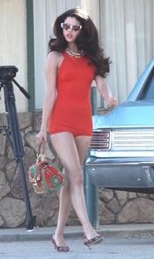 Selena Gomez, más pin-up que nunca en su nuevo videoclip