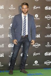 El look de Pablo Alborán en los premios Cadena Dial a la música 2013
