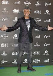 El look de Sergio Dalma en los premios Cadena Dial a la música 2013