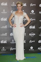 El look de Soraya Arnelas en los premios Cadena Dial a la música 2013