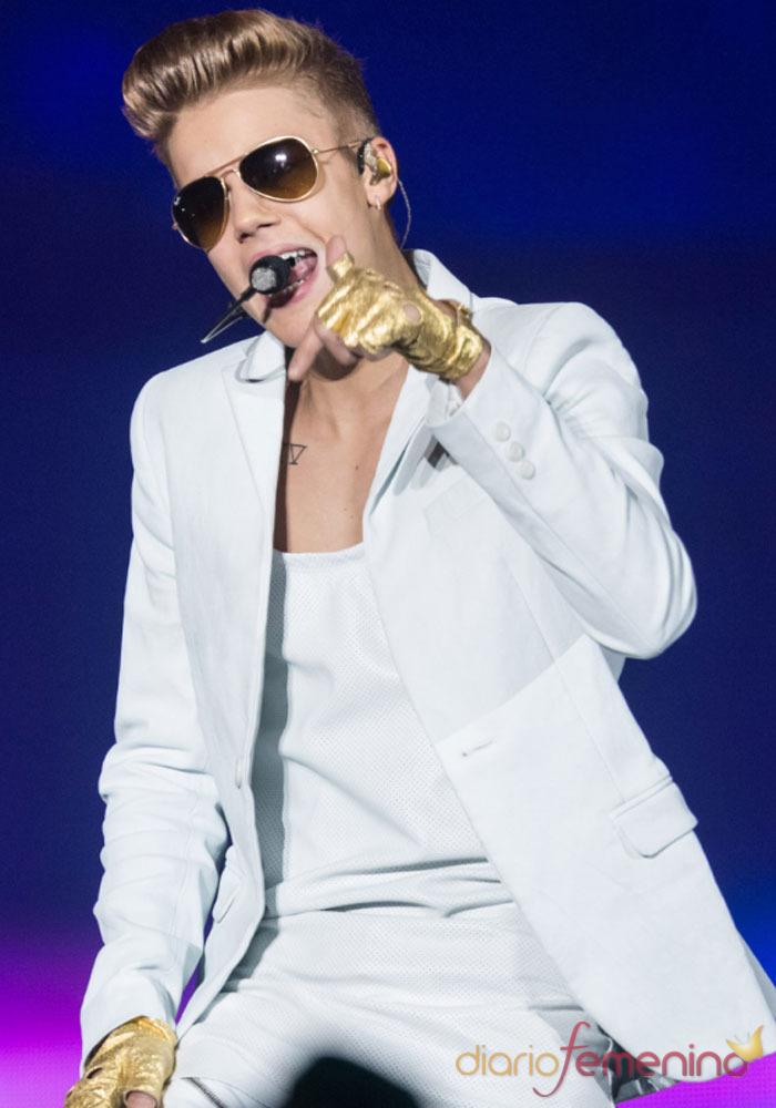 Los conciertos de Justin Bieber: espectáculo con manos de oro