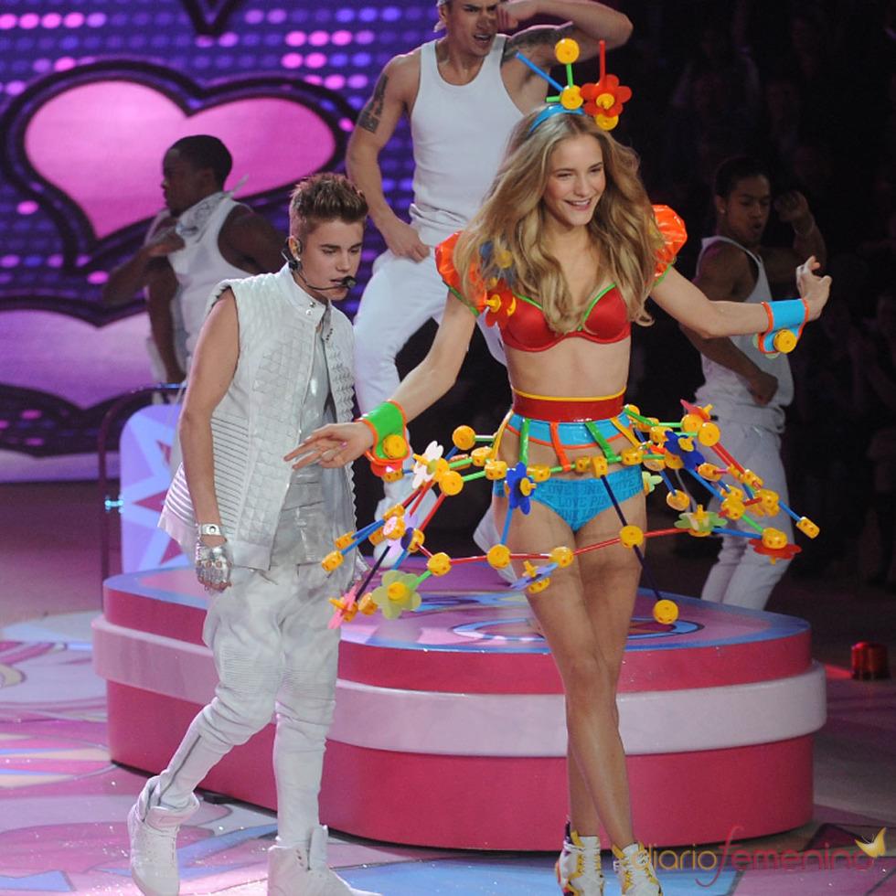 Los conciertos de Justin Bieber: junto a los ángeles de Victoria Secret