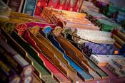 Color y moda hippie en el mercadillo de Las Dalias 2010