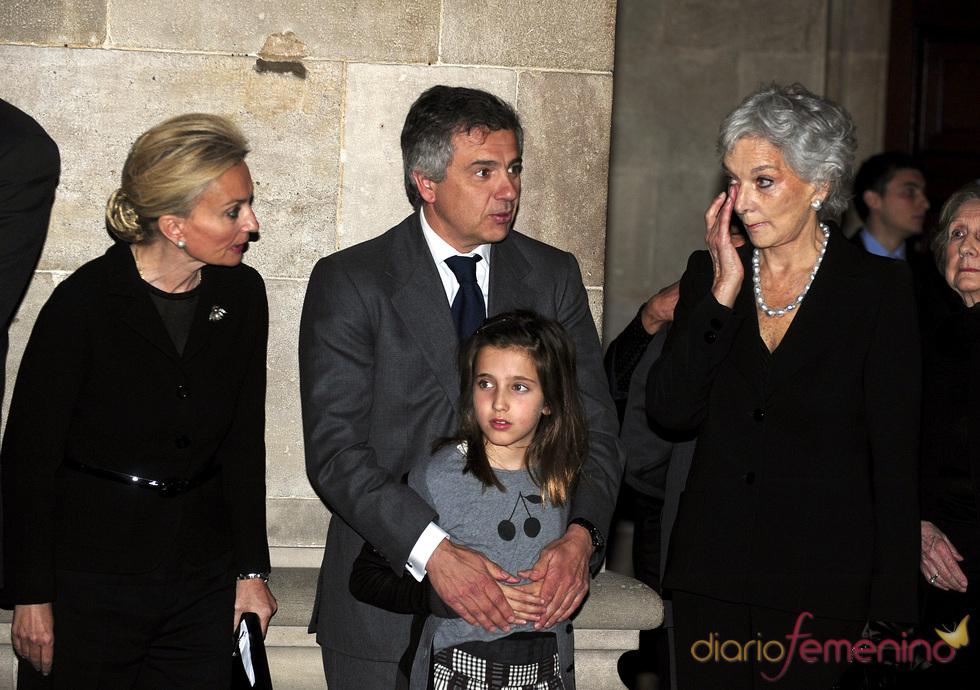 La familia de Samaranch en la capilla ardiente