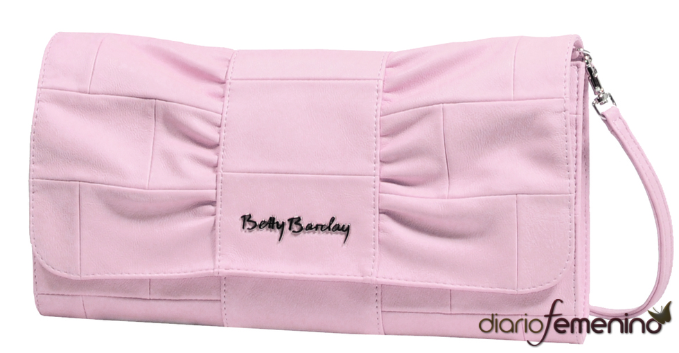 Clutch rosa de Betty Barclay