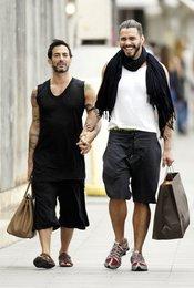 Marc Jacobs y Lorenzo Martone de paseo