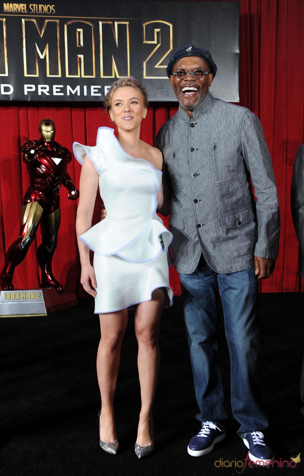 Scarlett Johansson y Samuel L. Jackson en la premiere de 'Iron Man 2'
