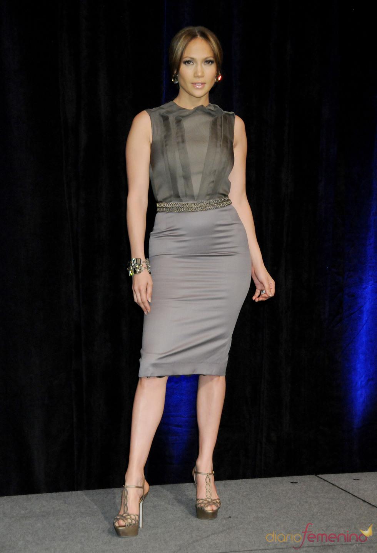 Modelo gris perla de Jennifer Lopez