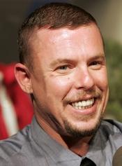 Se confirma el suicidio de Alexander McQueen