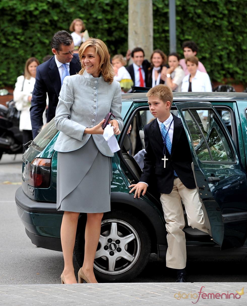 La Infanta Cristina en la Primera Comunión de sus hijos