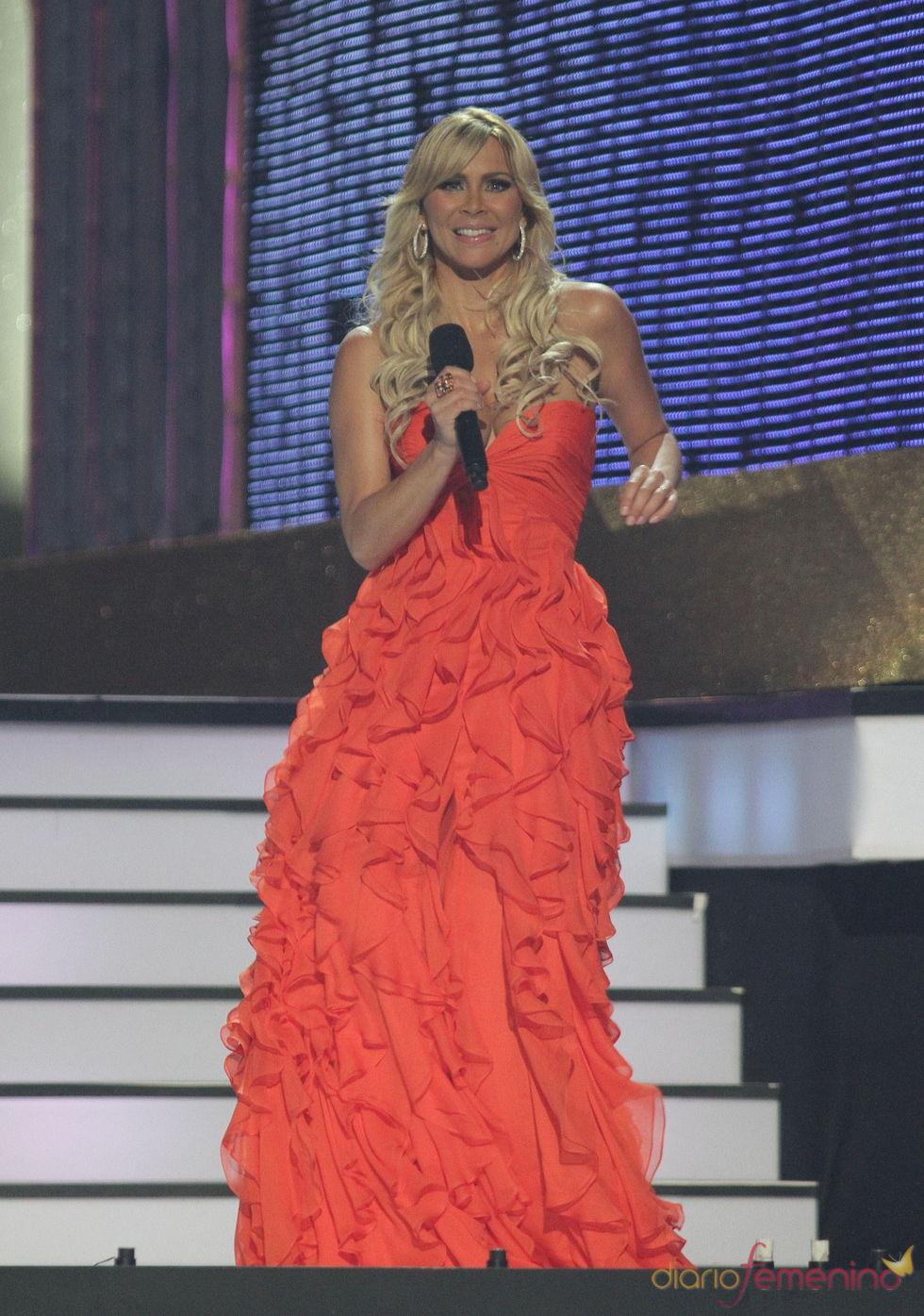 Aylín Mújica, presentadora de los billboard Latinos