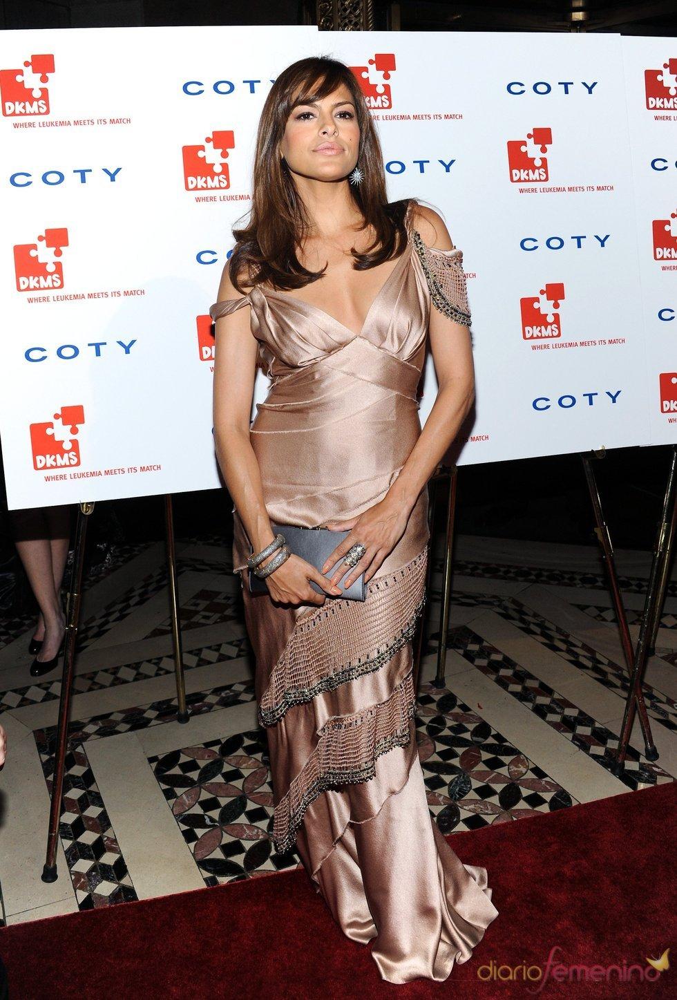 Eva Mendes en la gala 'Unidos contra la Leucemia'