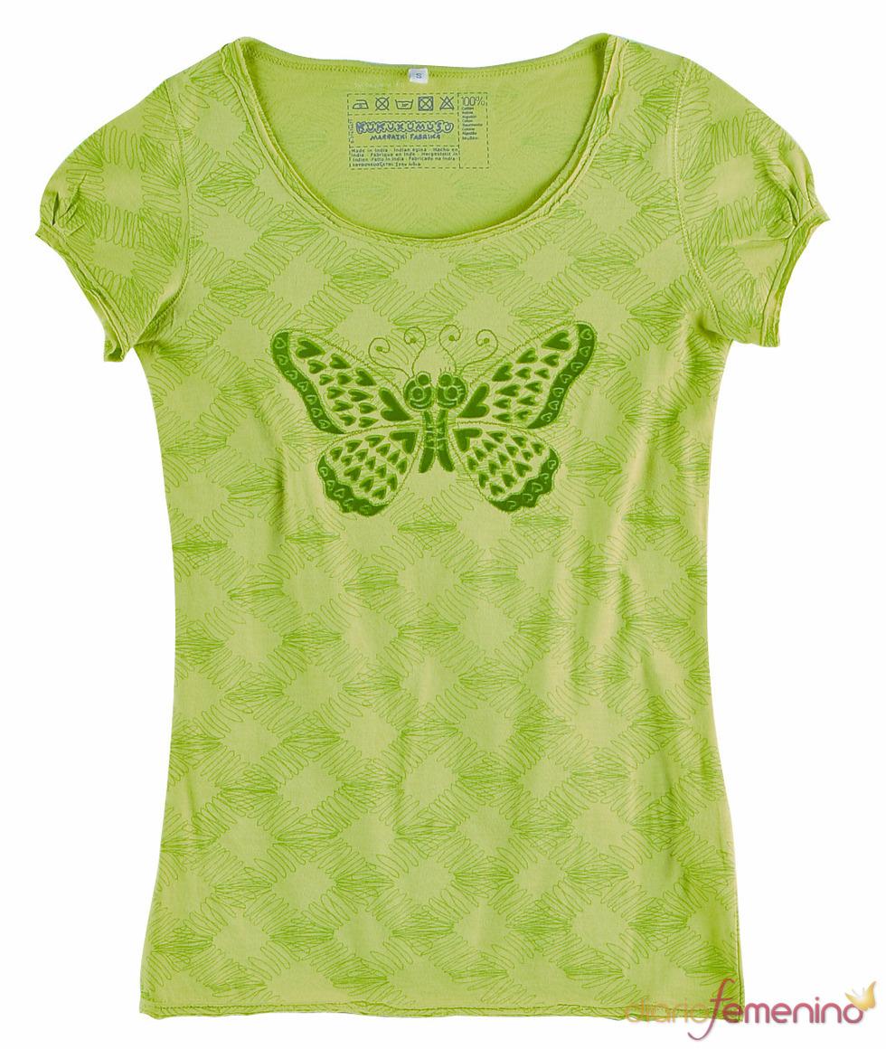 Camiseta con mariposa de Kukuxumusu