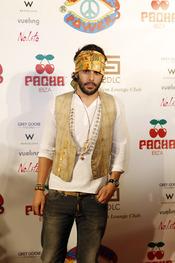 Alonso Aznar en la fiesta 'Flower power'