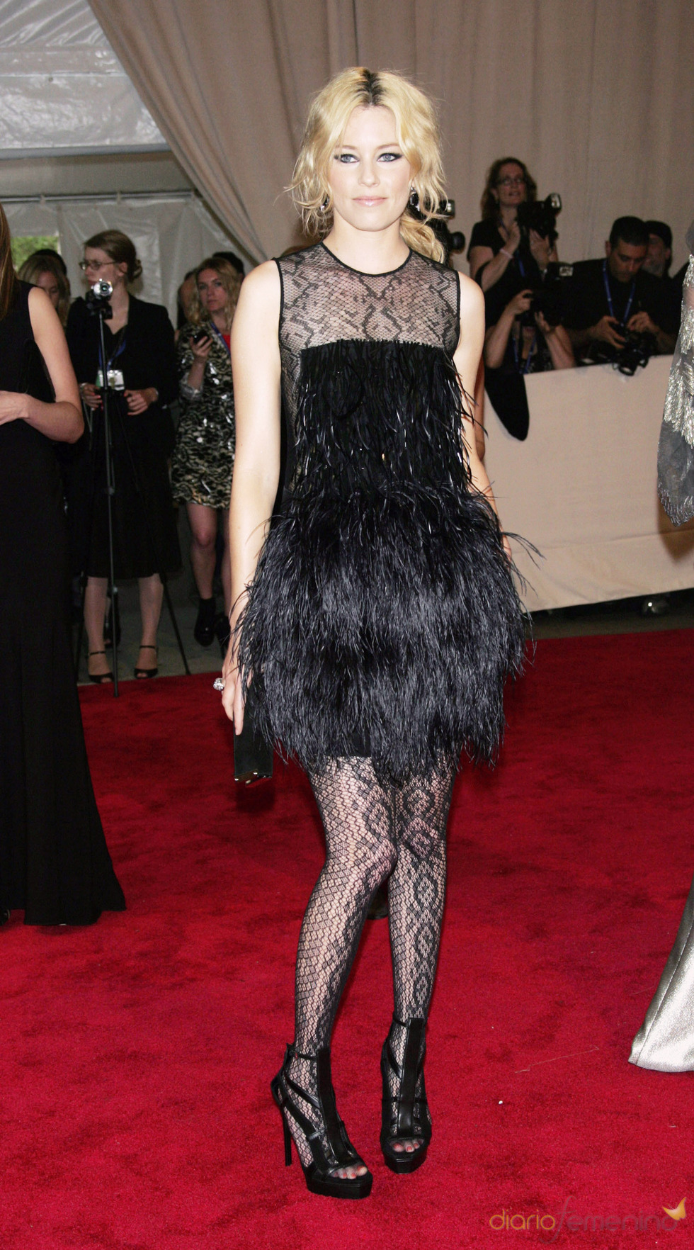 Elizabeth Banks en la gala del Costume Institute