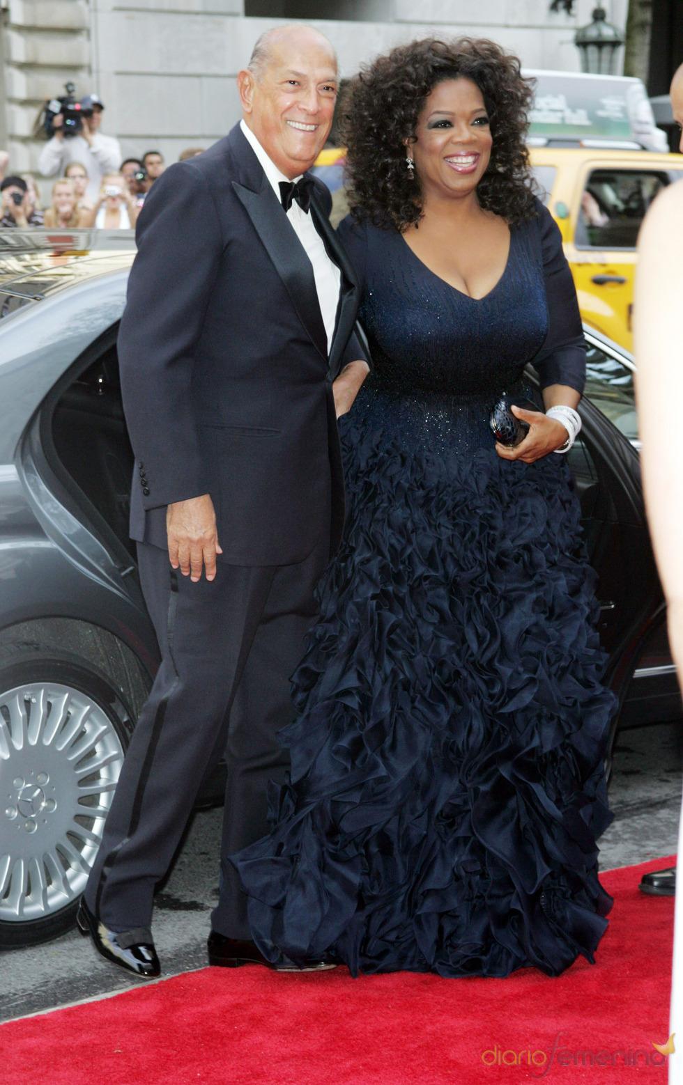 Oscar de la Renta and Oprah Winfrey en la gala del Costume Institute