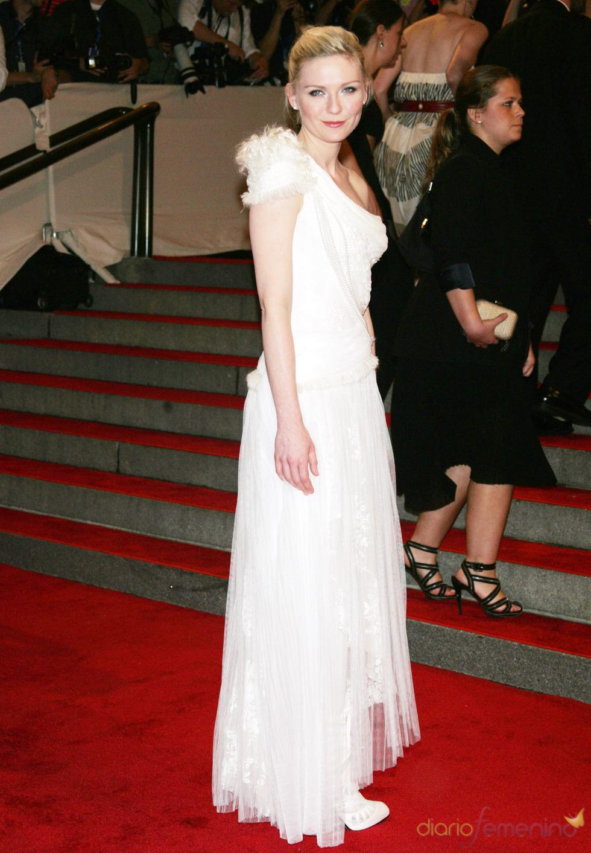 Kirsten Dunst en la gala del Costume Institute