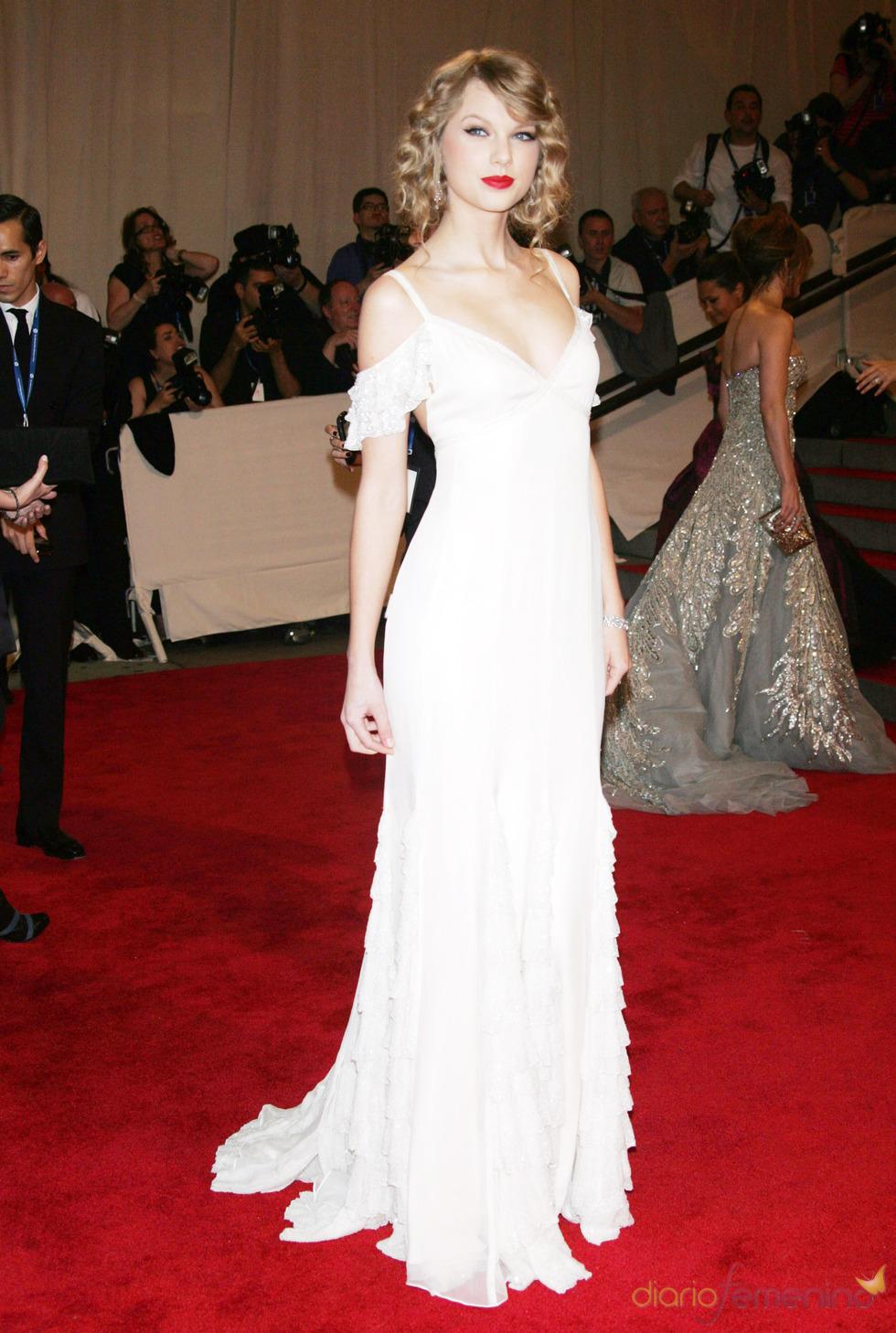 Taylor Swift en la gala del Costume Institute