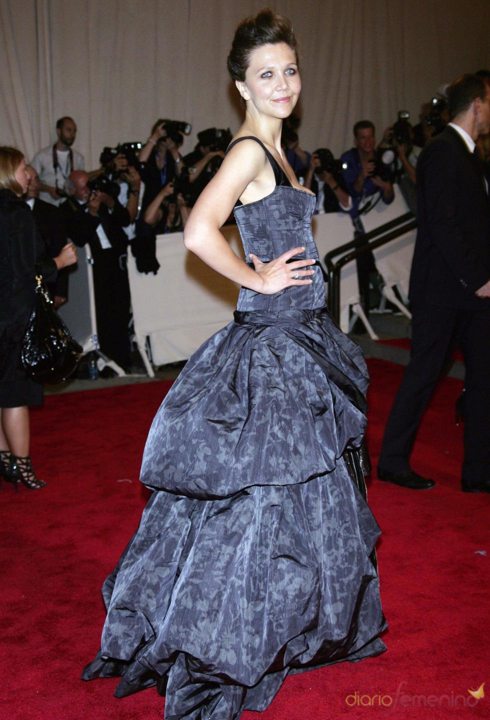 Maggie Gyllenhaal en la gala del Costume Institute