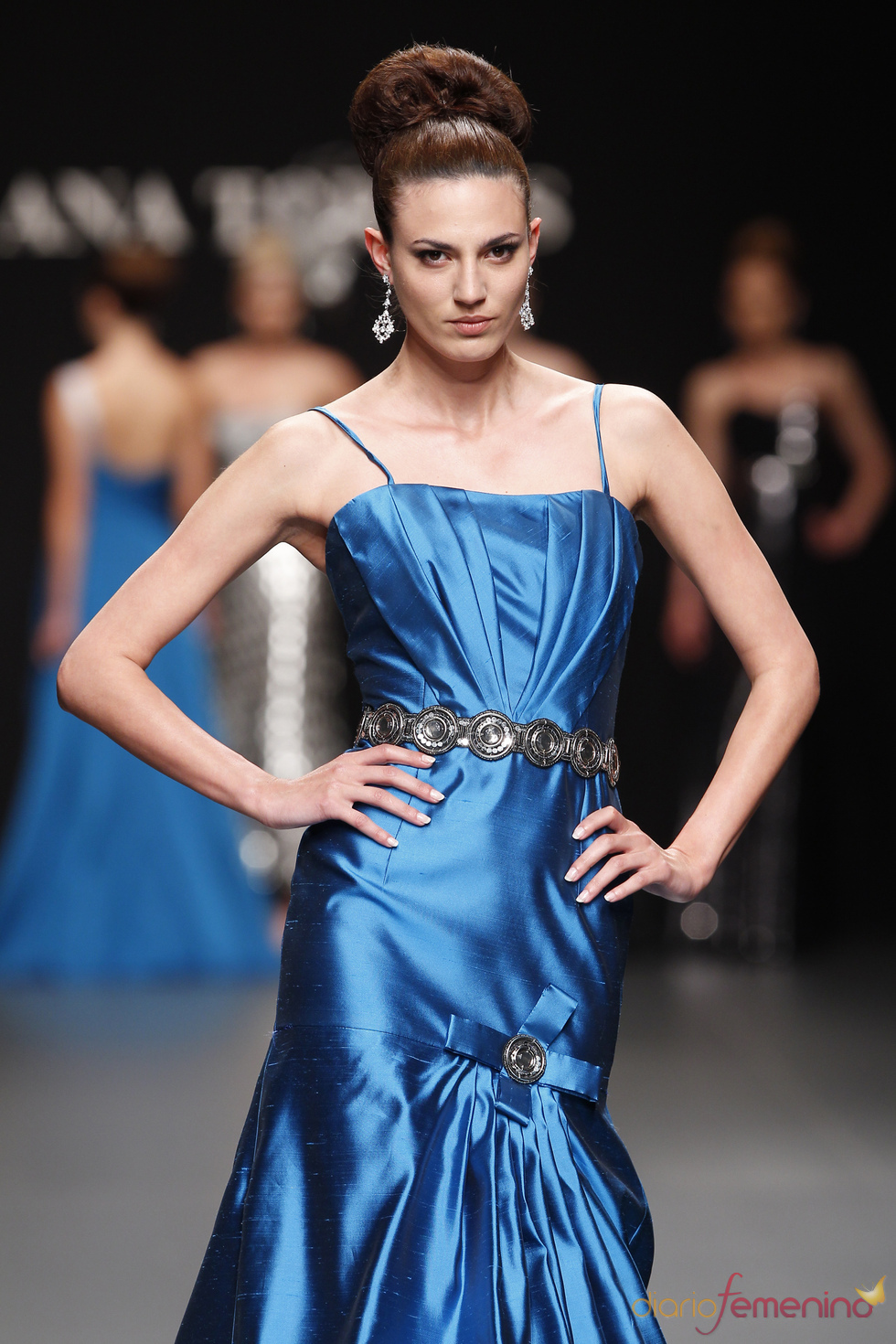Vestido de fiesta azul de Ana Torres