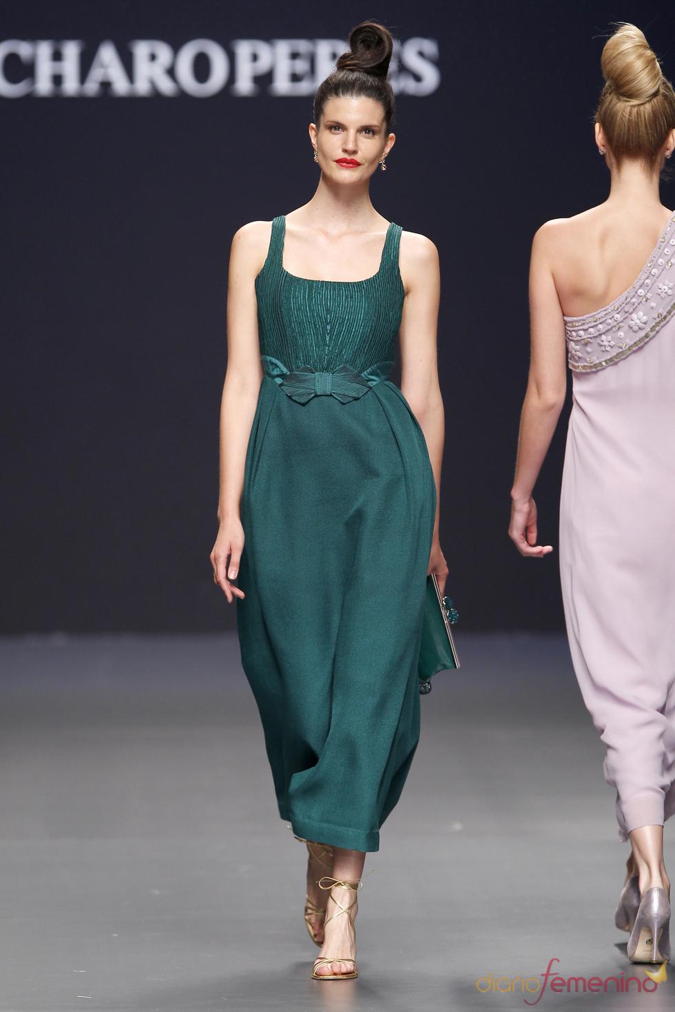 Vestido de fiesta verde de Charo Peres