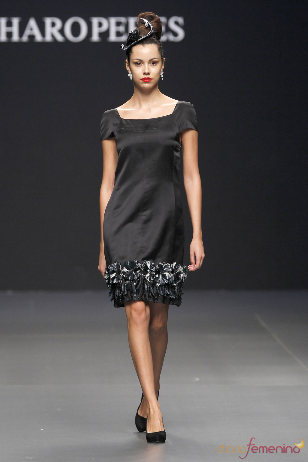 Vestido glamuroso de Charo Peres en Cibeles Novias
