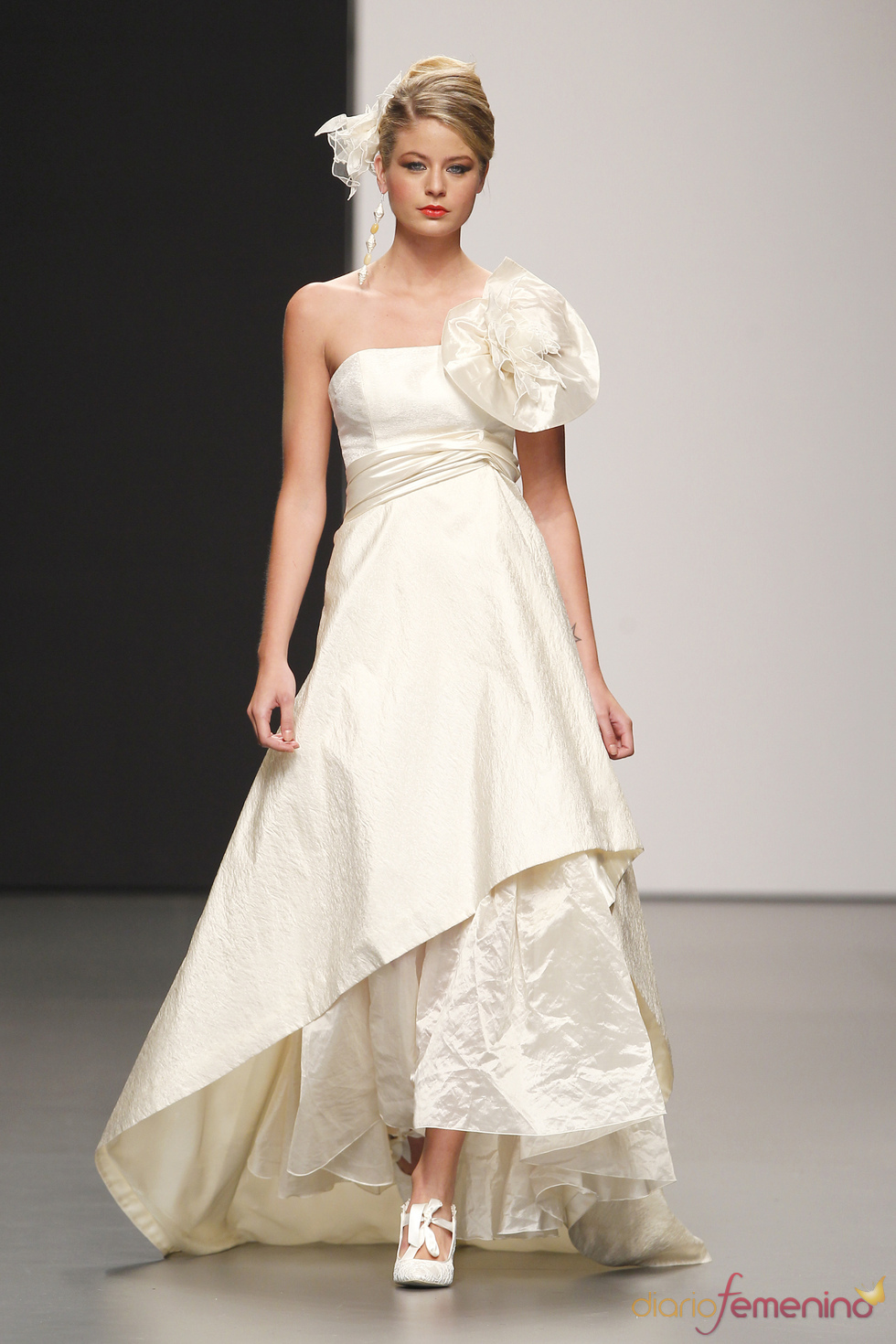 0a4c71fbd Vestido de novia de Rubén Perlotti