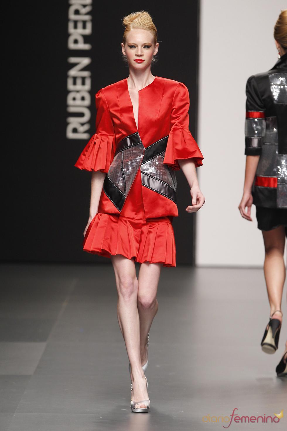 Original vestido de fiesta de Rubén Perlotti
