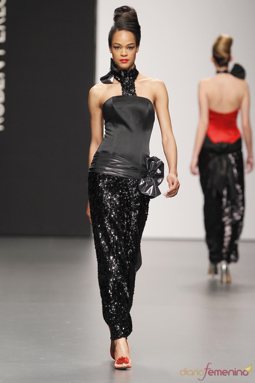 Modelo de fiesta negro de Rubén Perlotti