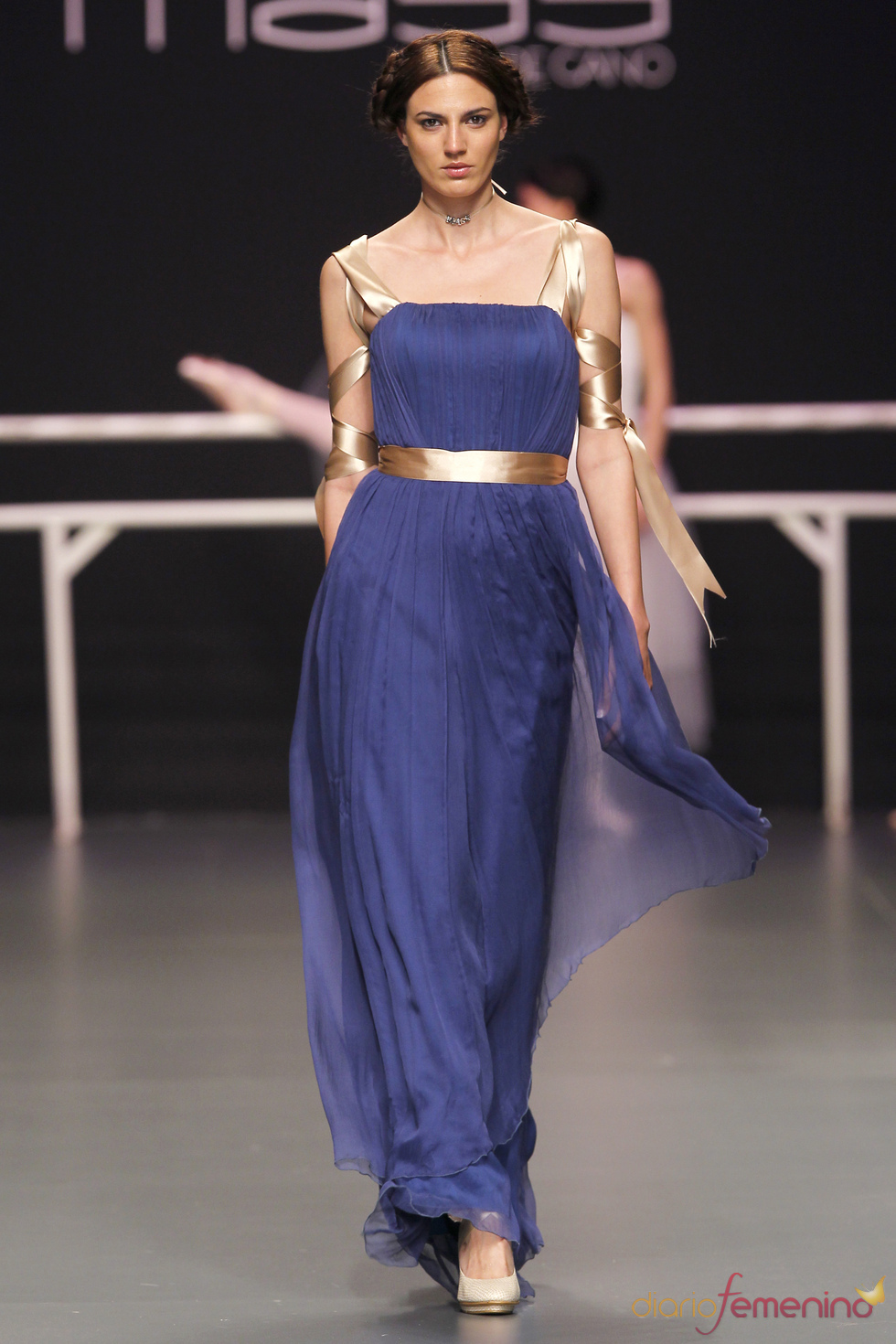Vestido de fiesta azul de Matilde Cano