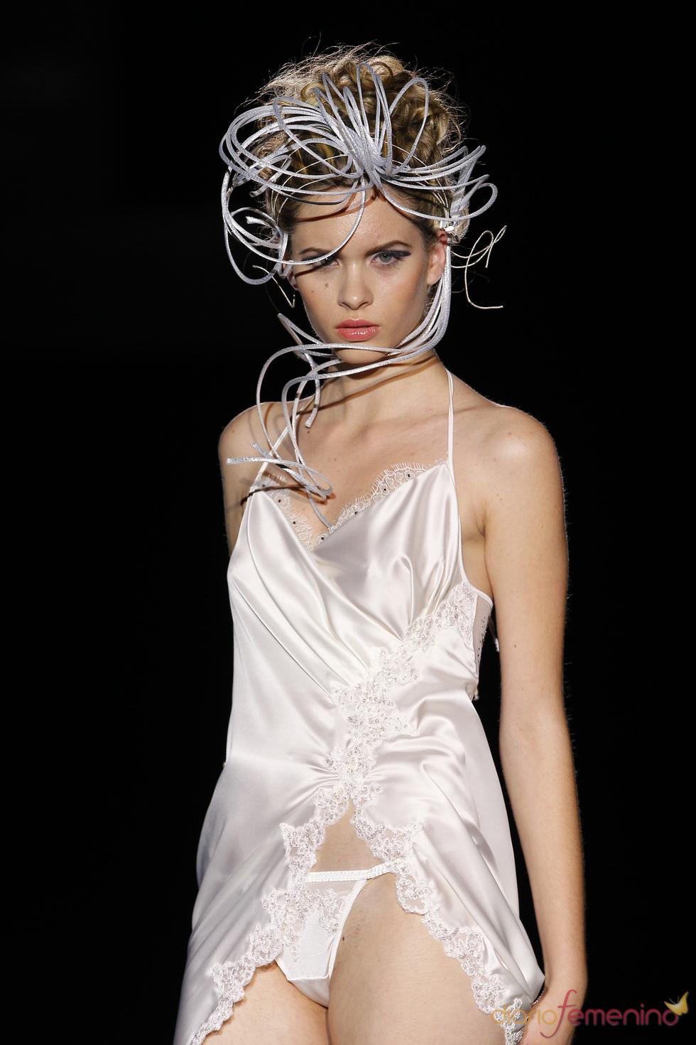 Emperatriz/Carmen Cid: lencería sofisticada