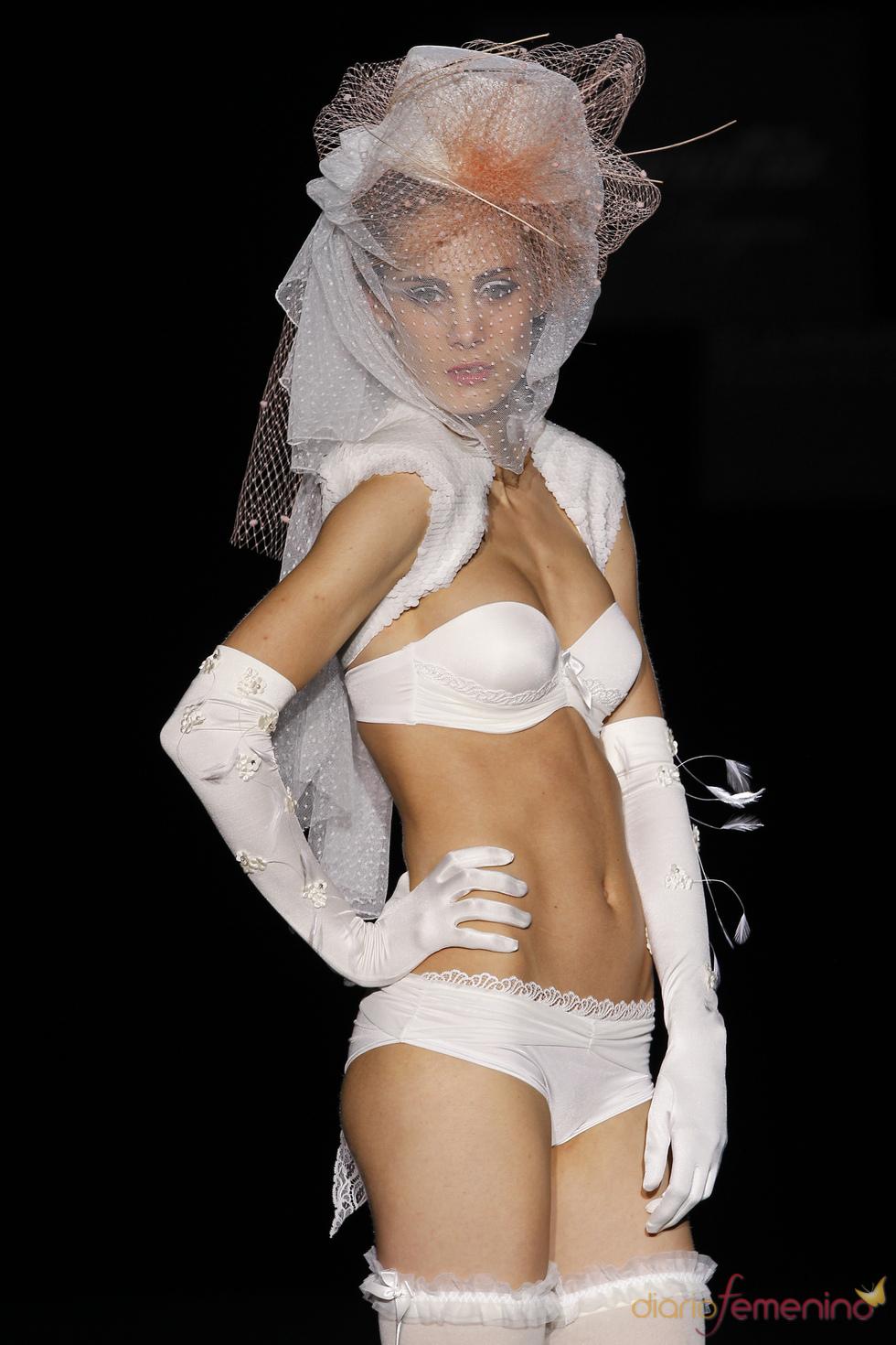 Emperatriz/Carmen Cid: ropa interior para coqueta