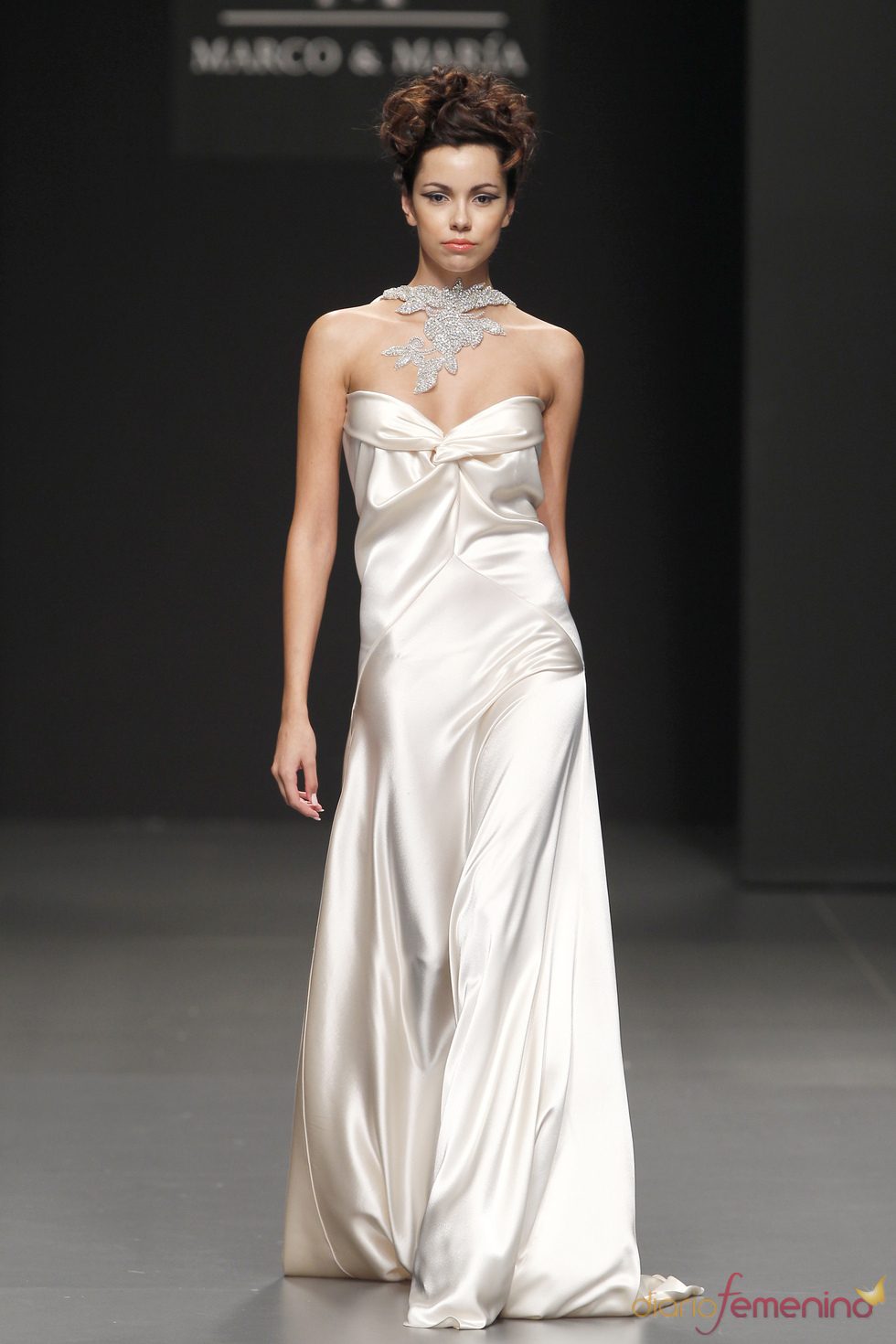 Vestido de novia palabra de honor de M&M