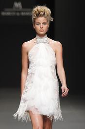 Vestido de novia corto de M&M