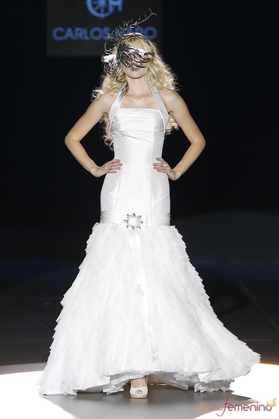 Vestido de la colección novias 2011 de Carlos Haro