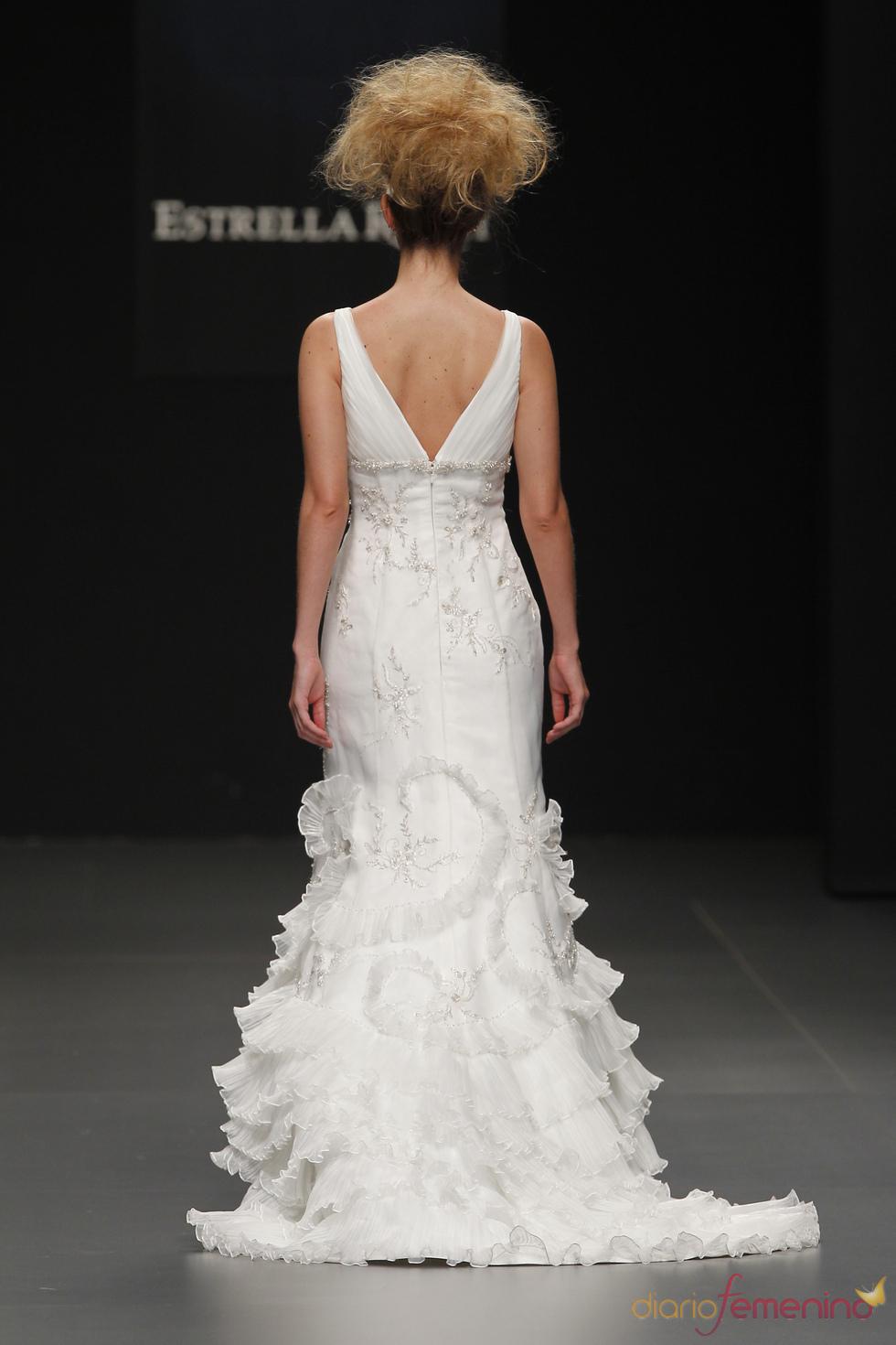 Camila Elbaz : parte trasera de vestido de novia