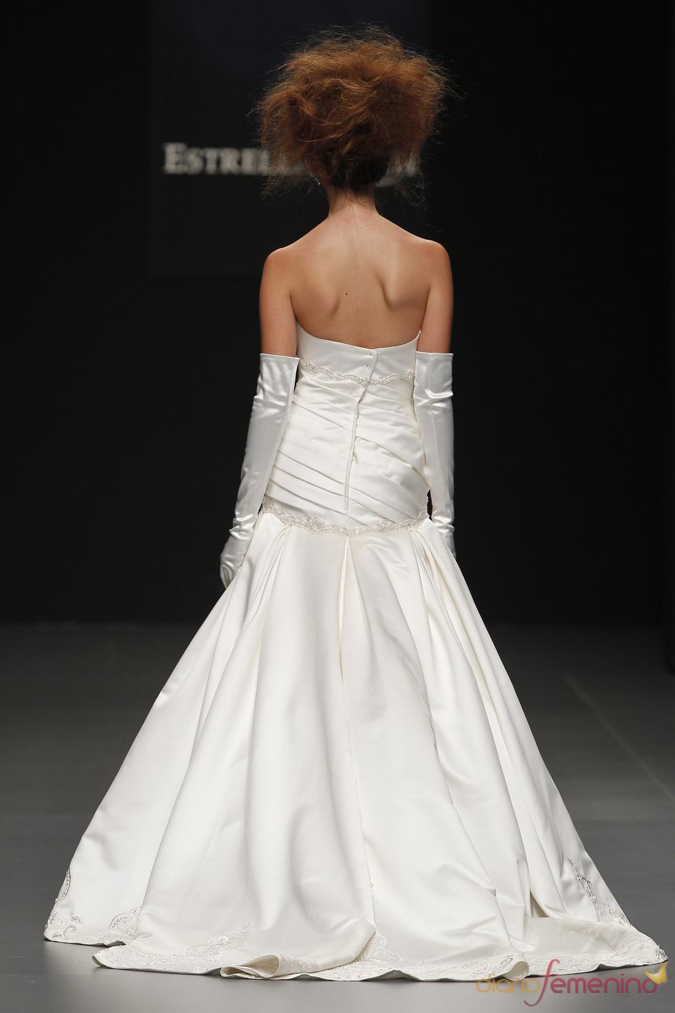 Vestidos de novia de Camila Elbaz