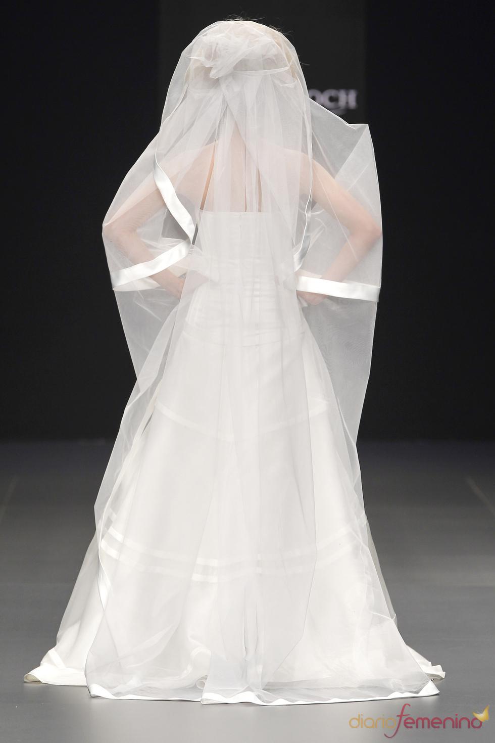 La novia de 2011, según Estrella Roch