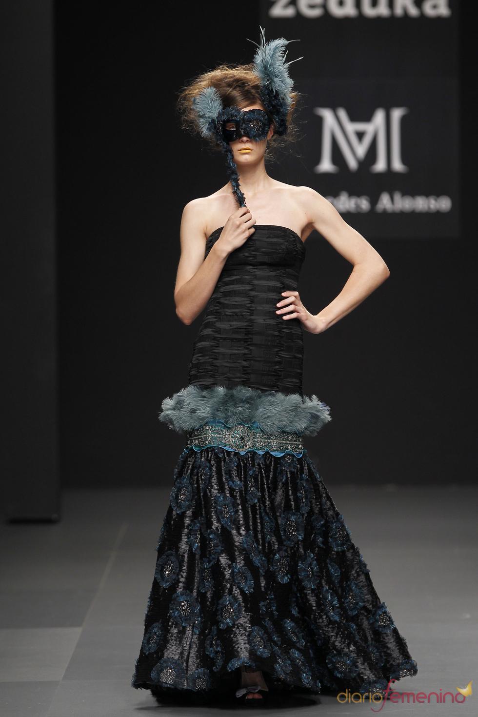 Vestido de fiesta negro de Mercedes Alonso
