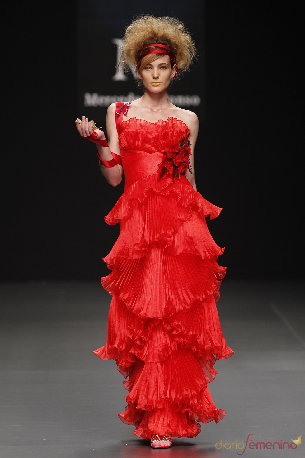 Vestido de fiesta rojo de Zeduka