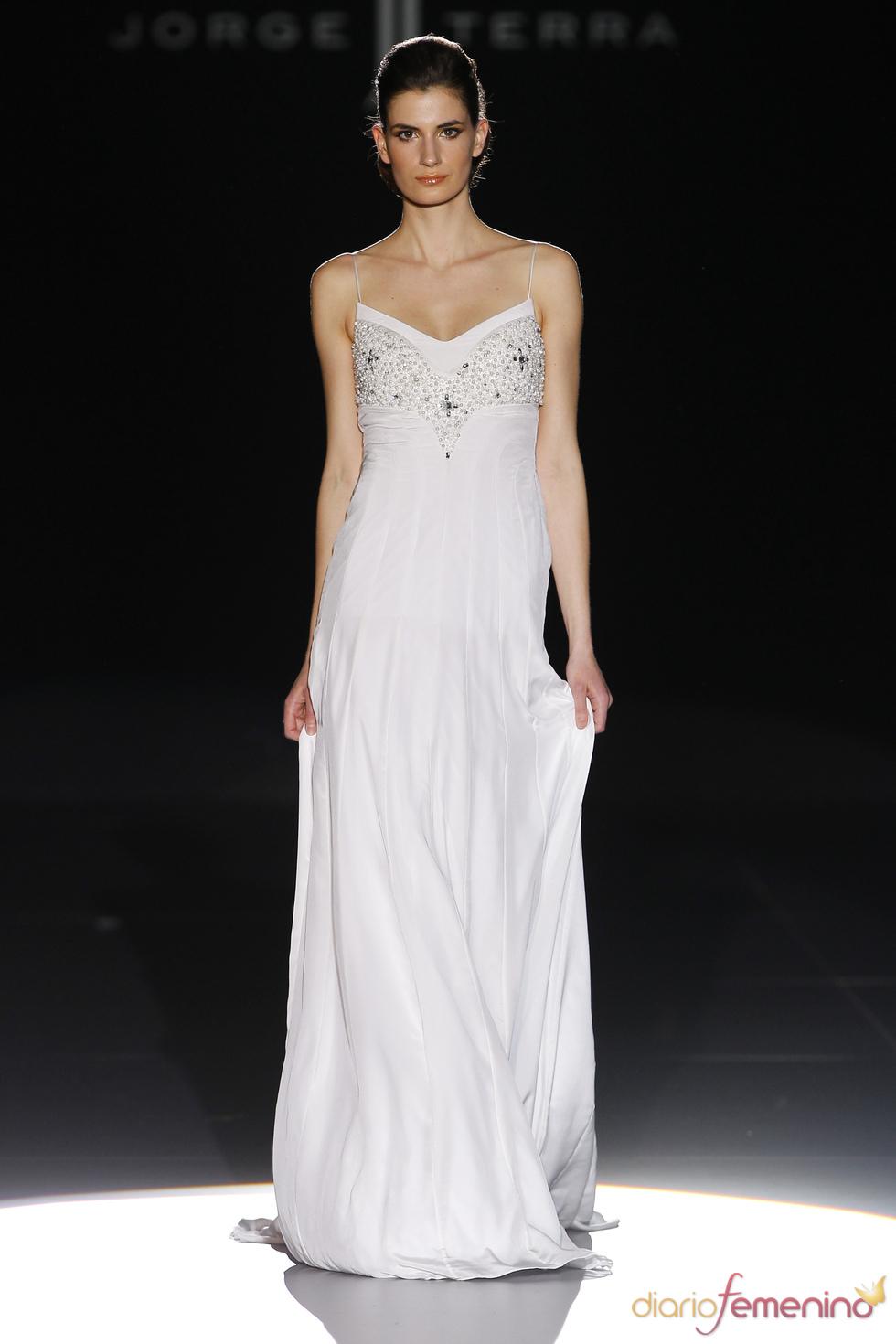 Vestido de novia muy chic de Jorge Terra