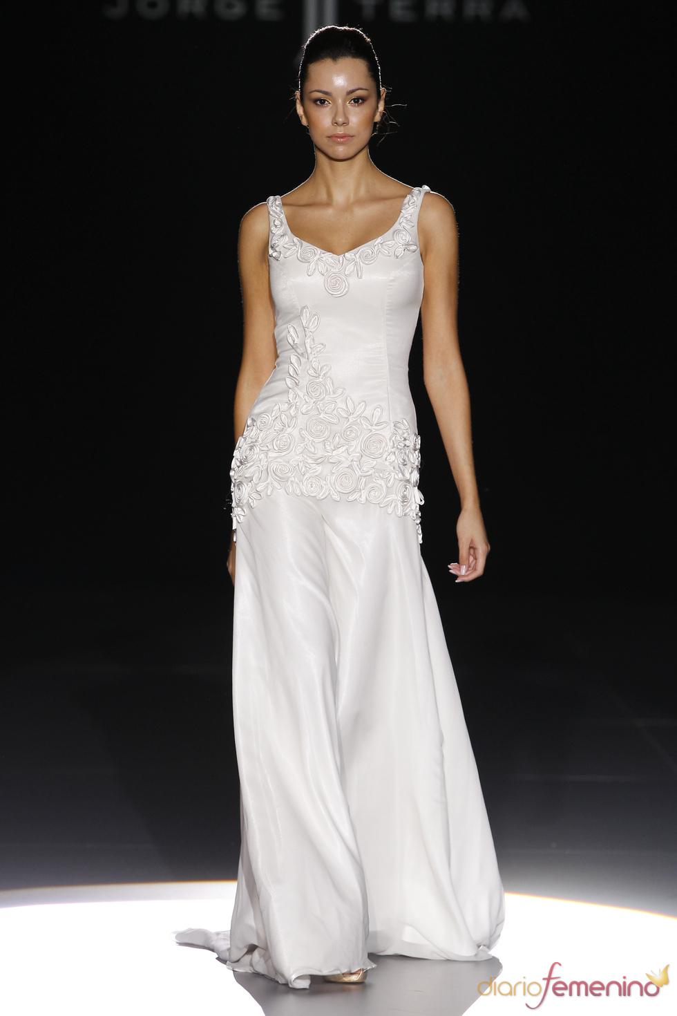 Vestido de novia de tirantes de Jorge Terra