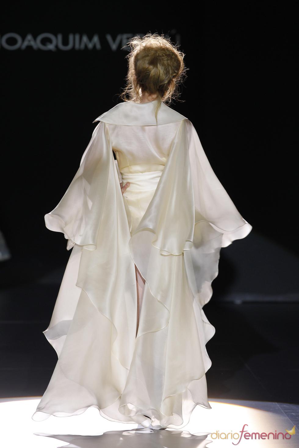 Cibeles Novias 2010: vestidos de Joaquim Verdú