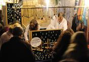 El público madrileño no faltó al mercadillo Las Dalias