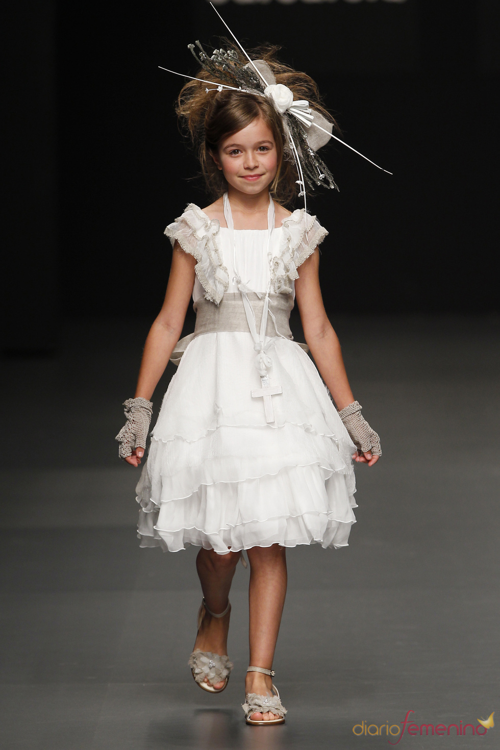 Hortensia Maeso: traje de primera comunión para niña