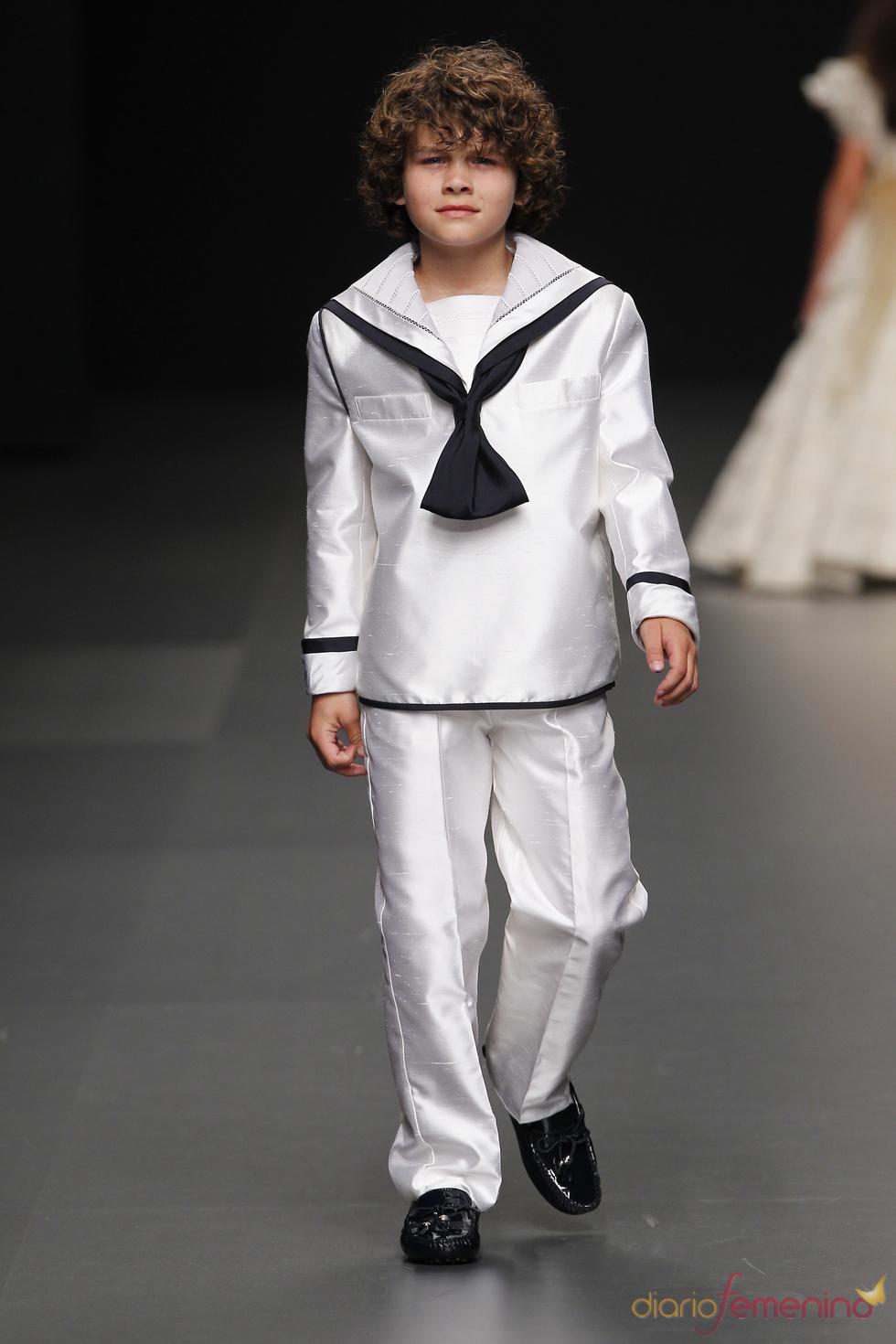 Miquel Suay: traje de primera comunión de niño