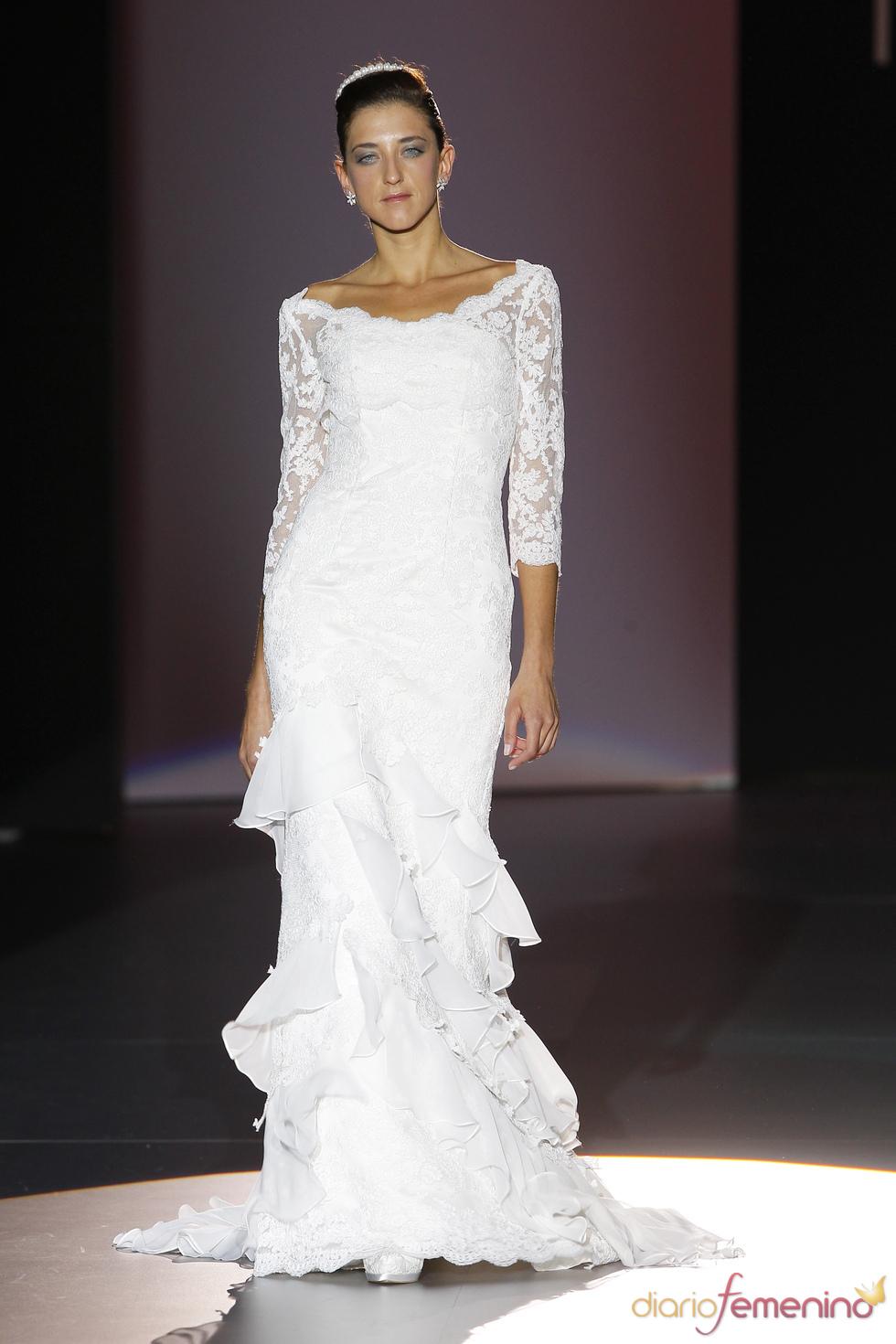 Vestido de novia con encaje de Novissima
