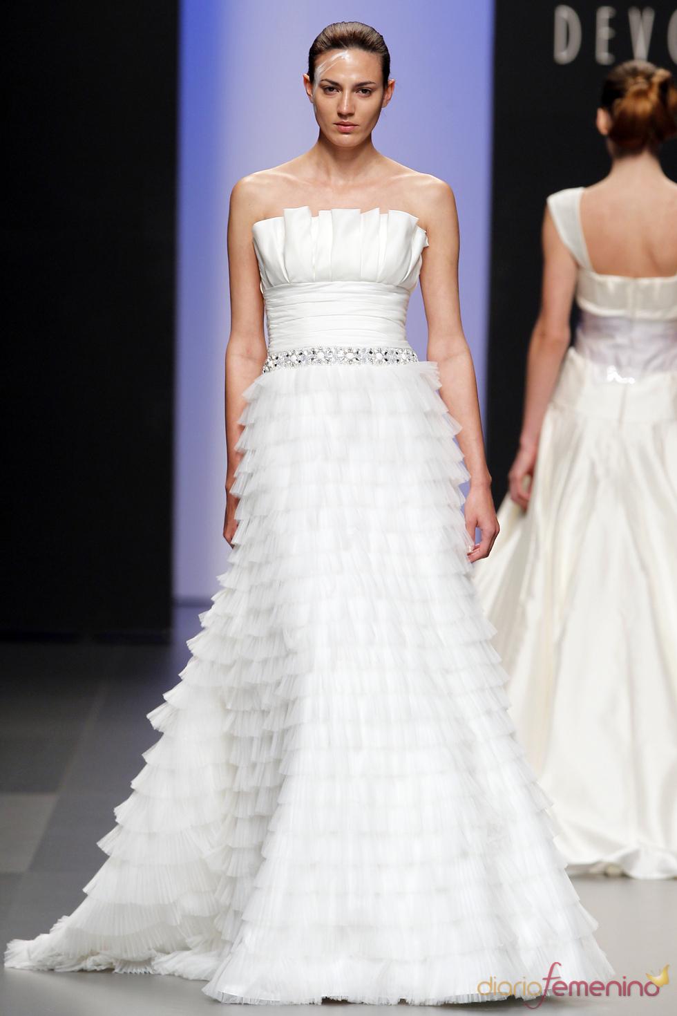Devota&Lomba: diseños para novia