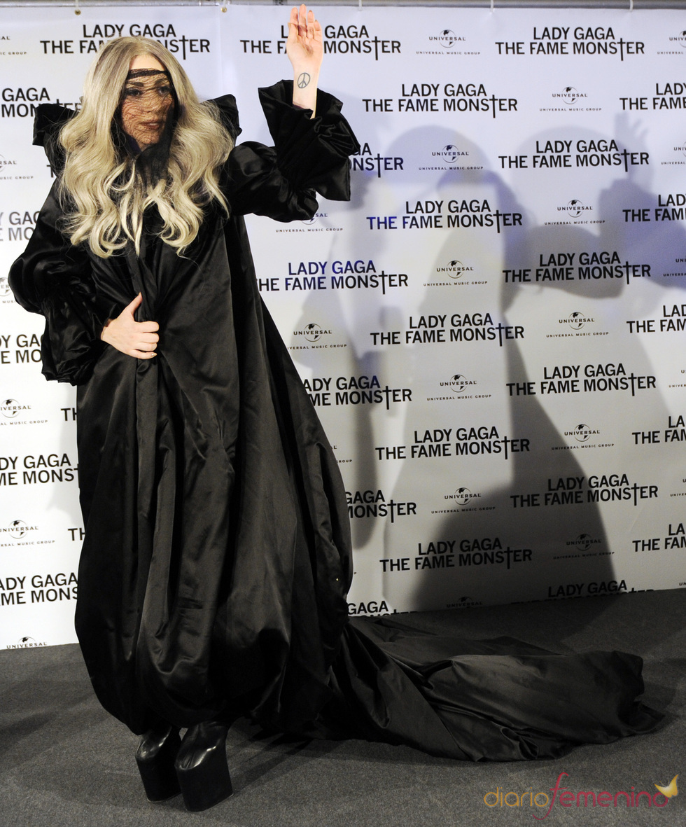 Lady Gaga y sus modelos... terroríficos